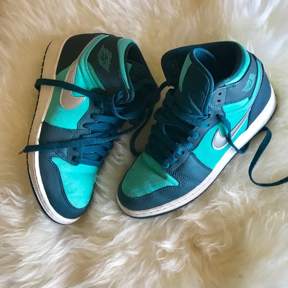 fc64e01fdac9 Jordan Shoes - JORDAN 1 RETRO HIGH Hyper Jade 5.5Y   7.5W
